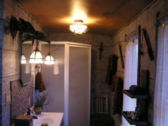 wow-bathroom-3-580x435